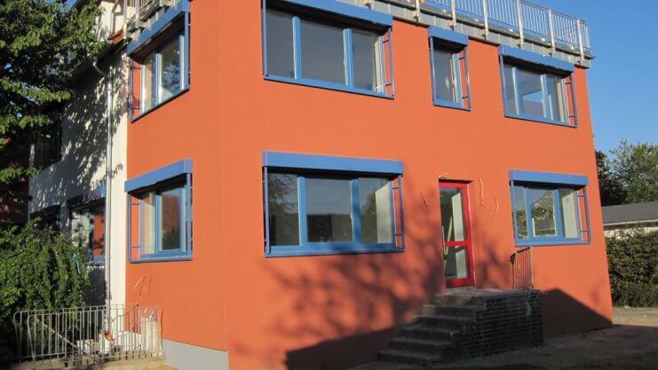 Außenaufnahme vom Trio Gebäude