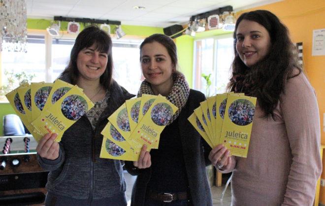 Drei Frauen mit Flyern vom Juleica
