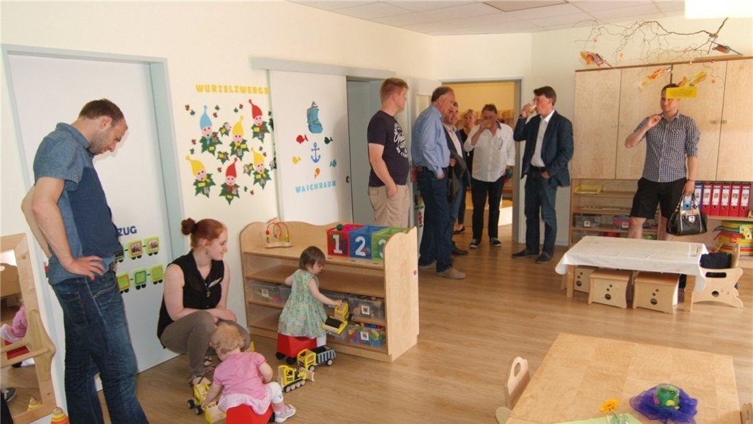 Besichtigung eines Kindergartenraumes