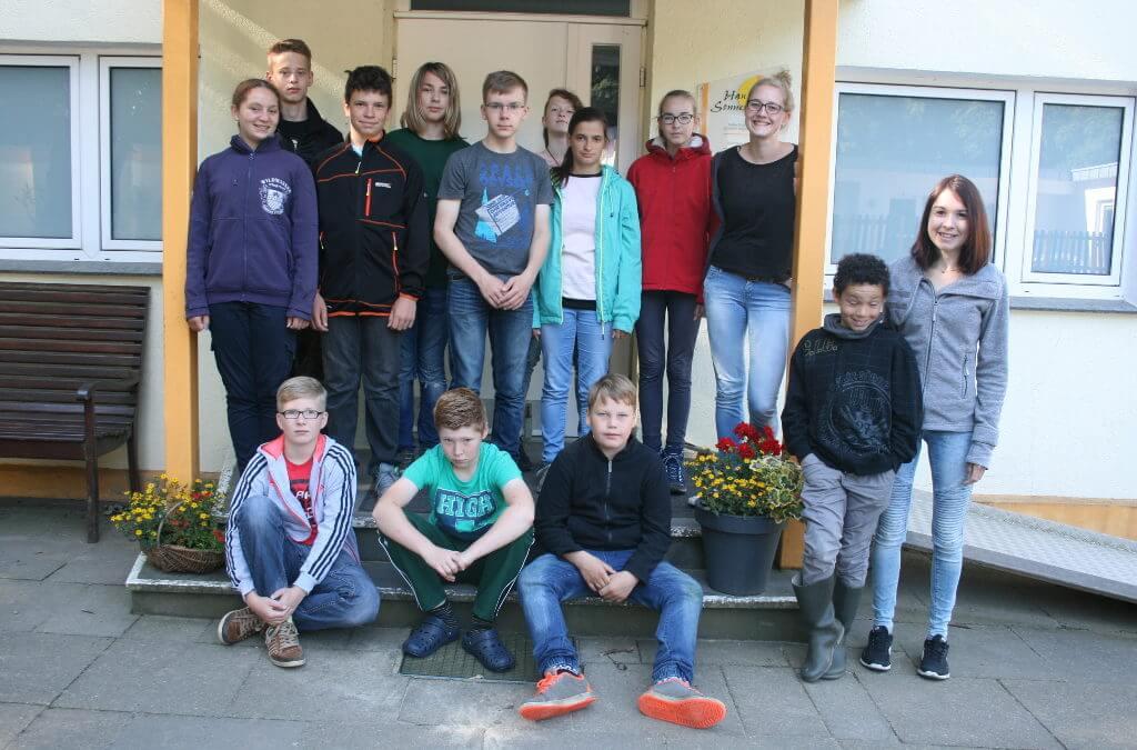 Gruppenfoto von den Erlebnistagen vor dem Haus Sonnenwinkel