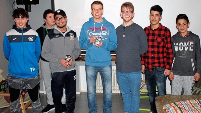 Gruppenfoto von FIFA Turnier Teilnehmern