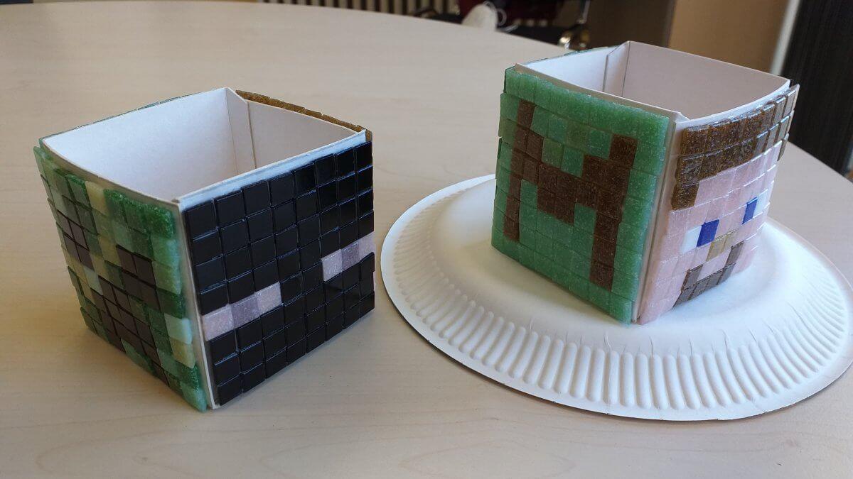 Gebastelte Kartons im Minecraft Muster